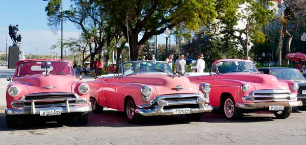Cuban cars Cuba Tour